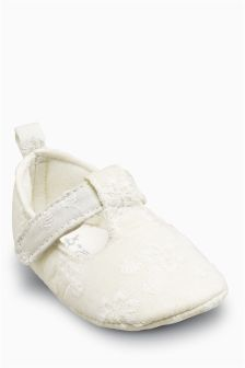 White Broderie T-Bar Pram Shoes (Younger Girls)