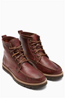 Apron Boot