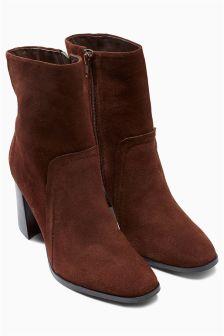 Kickflare Heel Boots
