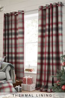 Thermal Red Cosy Check Eyelet Curtain