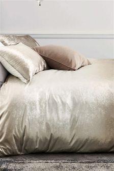 Ombre Velvet Bed Set