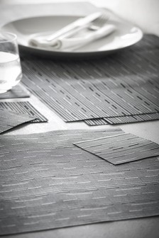 8 Piece Grey Plastic Weave Mat And Coaster Set