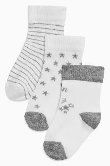 White Born In 2017 Socks Three Pack (Newborn)