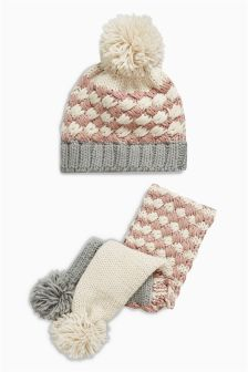Hat And Scarf Set (Older Girls)