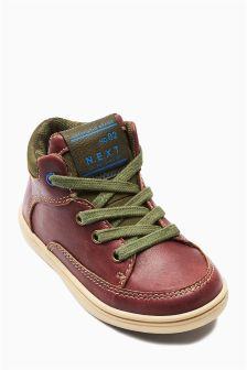 Easy Chukka Boots (Younger Boys)