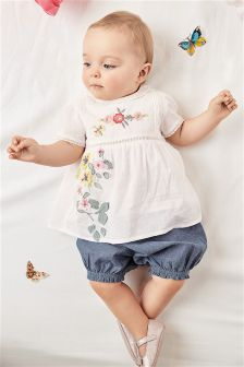 White Floral Blouse And Bloomer Set (0mths-2yrs)