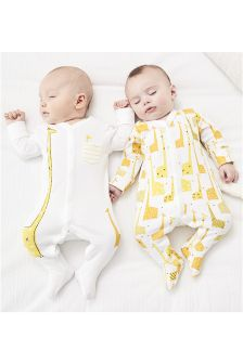 White/Lemon Giraffe Print Sleepsuits Two Pack With Hat (0-12mths)