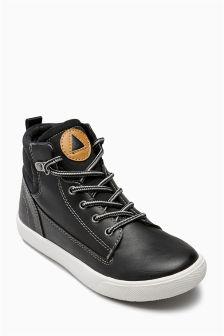 Hiker Chukka Boots (Older Boys)
