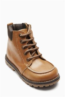 Leather Apron Front Boots (Younger Boys)