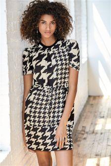 Black/White Puff Sleeve Dress
