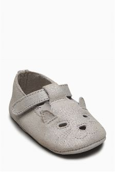 Grey Cat Pram Shoes (Younger Girls)