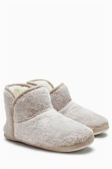 Frosted Slipper Boots