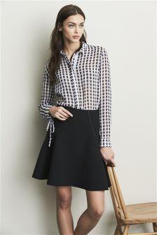 Black Flippy Skirt