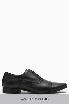 Туфли-оксфорды с декоративной перфорацией на носке