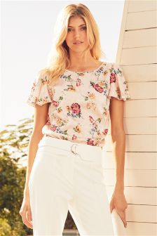 Printed Fluted Sleeve Top