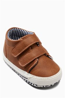Pram Double Strap Shoes (Younger Boys)