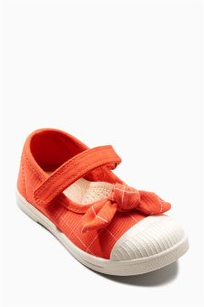Mary Jane Bow Pumps (Younger Girls)