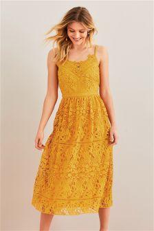 Sukienka z koronką Premium