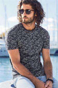 Wave Print T-Shirt