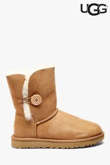UGG® Chestnut Bailey Button Short Boot