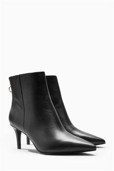 Elegant Point Boots