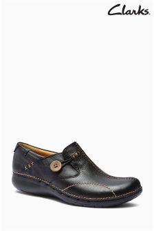 Czarne pantofle wsuwane Clarks