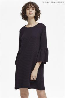 Granatowa sukienka z opadającymi rękawami French Connection