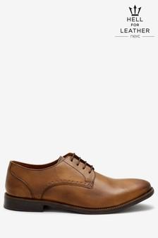 Классические туфли на шнурках с перфорацией