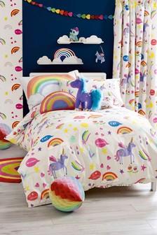 Set lenjerie de par model curcubeu și unicorn