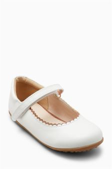 Scallop Mary Jane Shoes (Younger Girls)