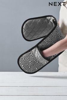 Grey Geo Design Oven Glove
