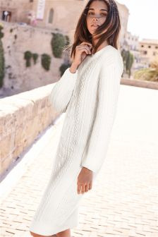 Платье крупной вязки