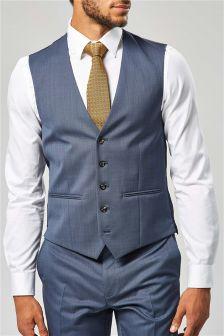Строгий костюм из именной коллекции: жилет