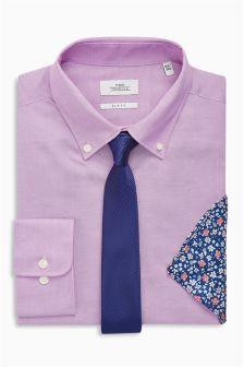 Koszula oksfordzka zapinana na guziki z krawatem i butonierką o kroju Slim Fit