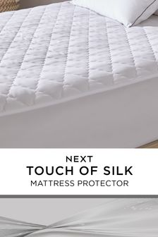 Sleep In Silk Mattress Protector