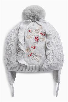 Шапочка-ушанка с вышивкой для девочки