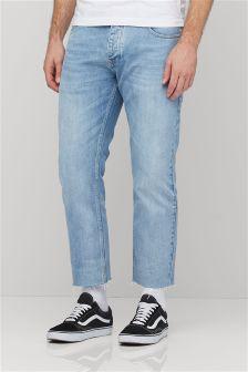 Slim Fit Jeans mit ausgefranstem Saum