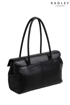 Duża czarna zamszowa torba z klapką przewieszana przez ramię Radley Burnham Beeches