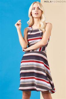Kolorowa sukienka z nadrukiem Mela London