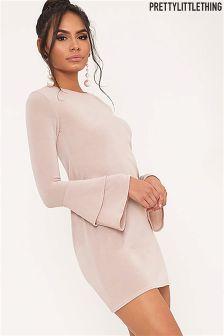Mini sukienka PrettyLittleThing z podwójną falbaną przy rękawach