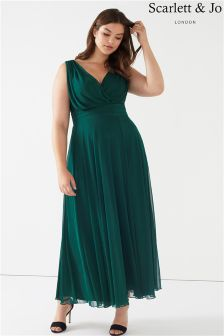Scarlett & Jo Plus Chiffon Maxi Dress