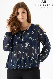 Angeleye Curve Cold Shoulder Printed Top