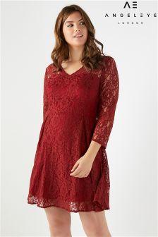 Angeleye Curve Lace Dress