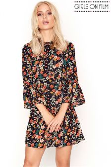 Girls On Film Printed Pleated Neck Detail Shift Dress