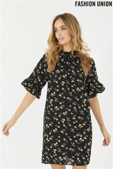 Fashion Union Daisy Print Shift Frill Dress