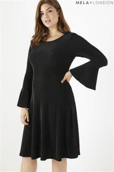 Połyskująca sukienka Mela London Curve z szerokimi rękawami