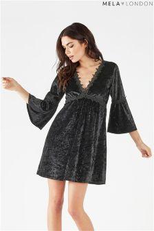Aksamitna sukienka Mela London z długim rękawem