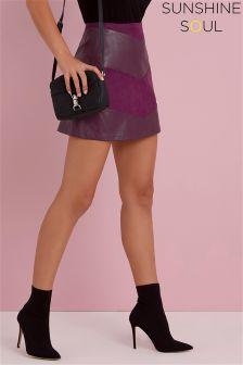 Spódnica mini Sunshine Soul ze wzorem w kształcie litery V, z poliuretanu